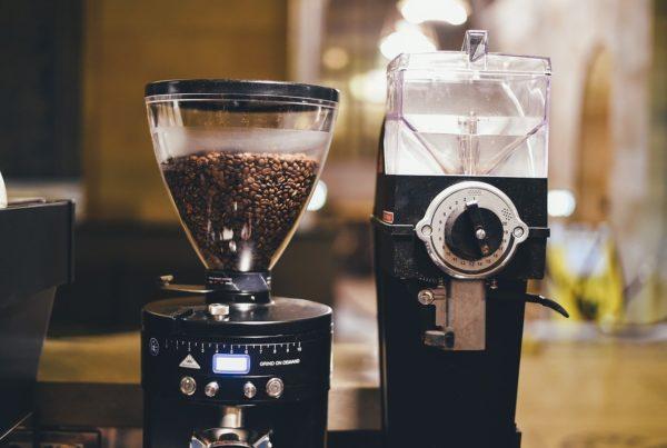 handmatige of elektronische koffiemolen
